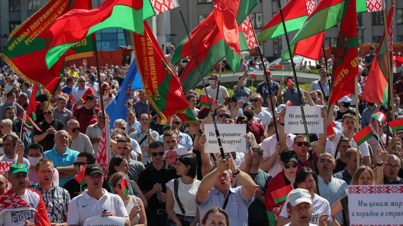 https://maoistdazibao.files.wordpress.com/2020/08/belarus-pro-lukaschenko.jpg?w=1620